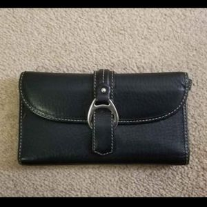Dooney & Bourke black wallet - small rip